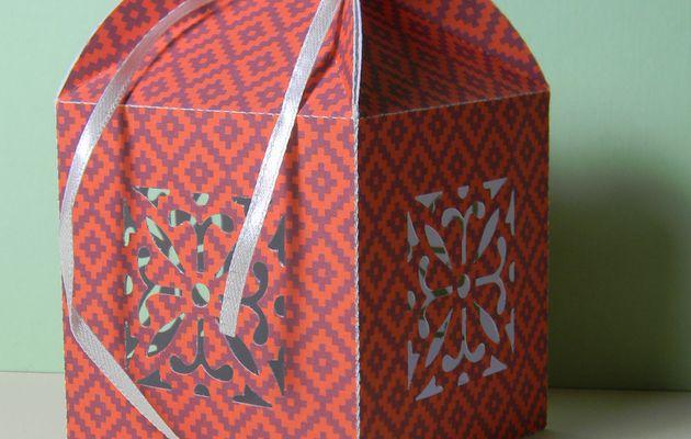 Tuto : boîte cadeau ajourée