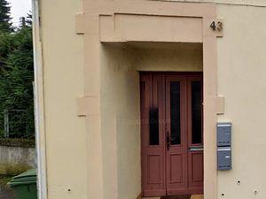 N° 43 rue Jean Burger à Algrange - Bureau de Poste - Habitation