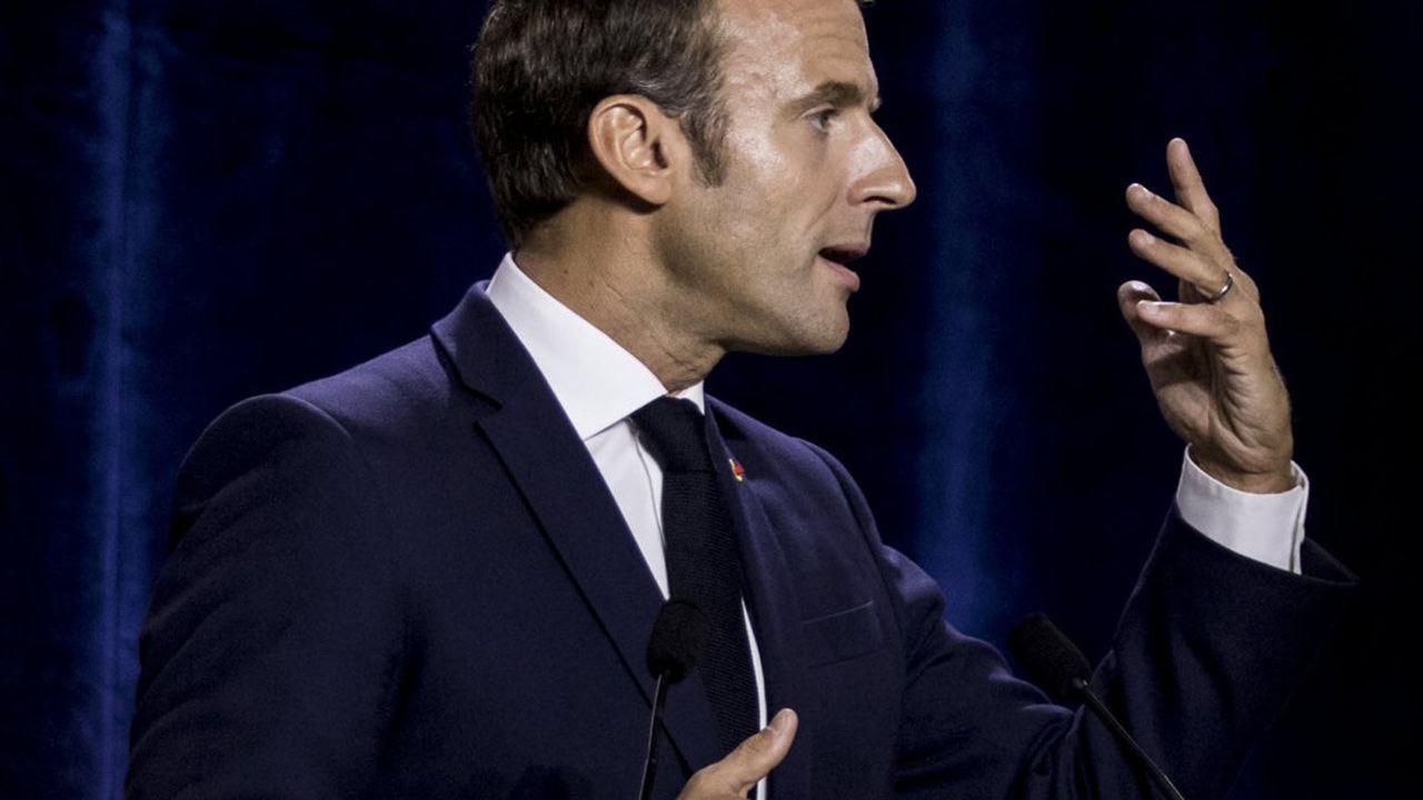 Voeux 2021 : Macron l'a fait à l'ancienne, les retraites et l'assurance chômage dans le collimateur !