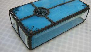 Vitrail - Boîte rectangulaire bleue