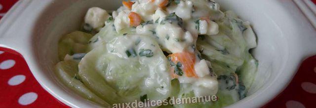 Concombre au yaourt, féta et herbes