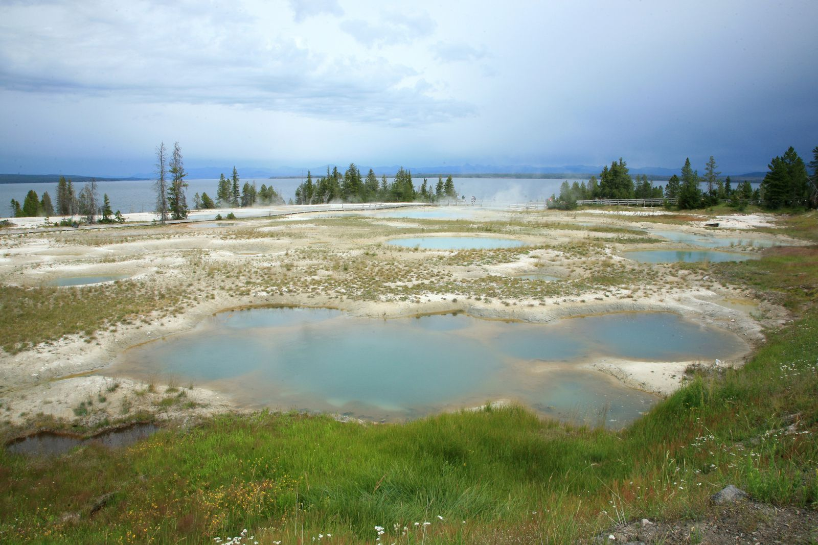 Yellowstone National Park- Yellowstone Lake, seen from West Thumb - photo © Bernard Duyck archives