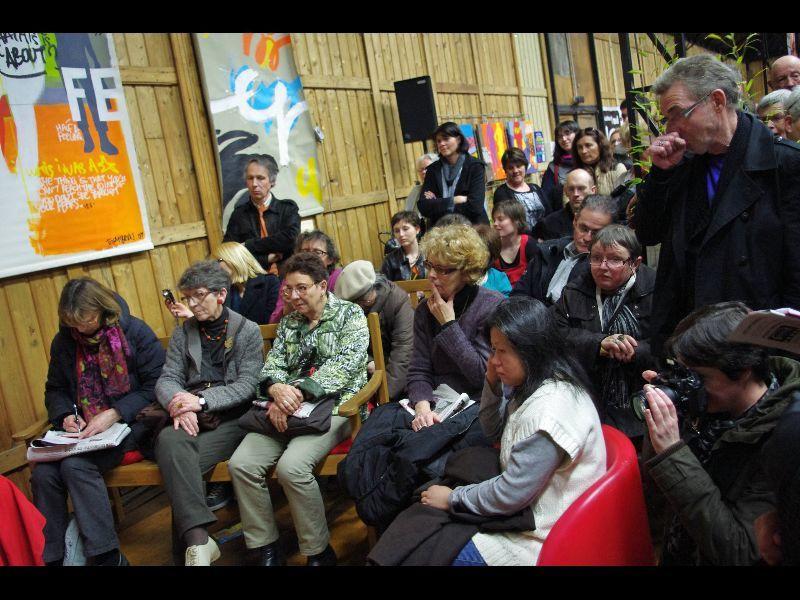 du 2 au 4 Mars, les bénévoles del'atelier culturel du quartier de Maurepas, à Rennes, organisaient, la 5ème Edition du festival Rue des Livres, qui s'est terminé par un record de fréquentation