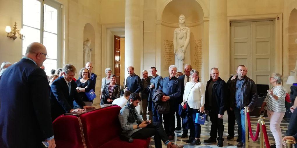 Visite à l'assemblée nationale du conseil municipal.