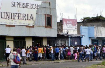 Les Vénézuéliens tenaillés par la faim