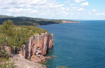 Palisade Head and Shovel Point: witnesses to Minnesota's volcanic past.