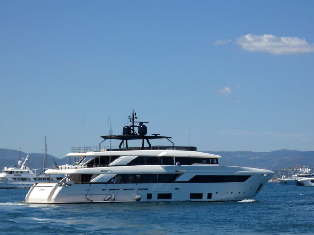 CIAO , appareillant du port de Saint Tropez le 16 juillet 2019