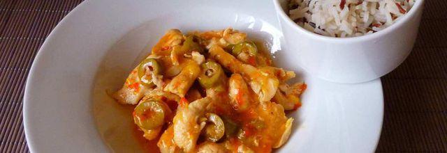 émincés de poulet sauce poivrons et riz