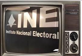 Mensajes políticos para desmemoriados, elecciones 2015