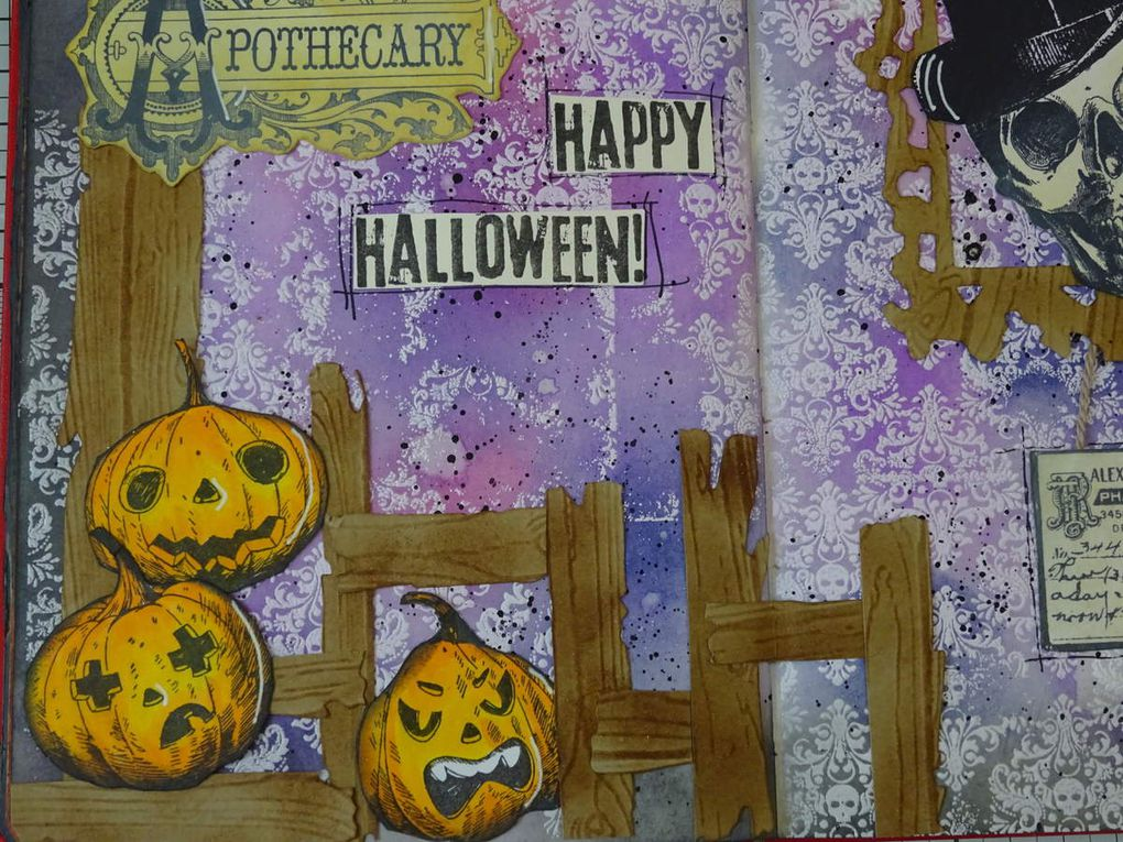 Art Journal Halloween Distress resist technique / distress oxide inks