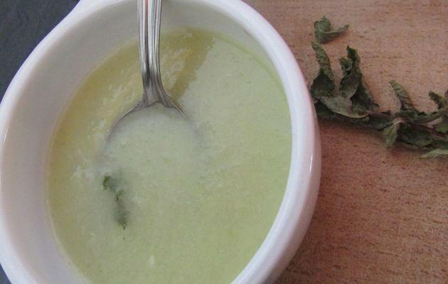 Une soupe d'été...Un velouté glacé de concombre au lait de coco