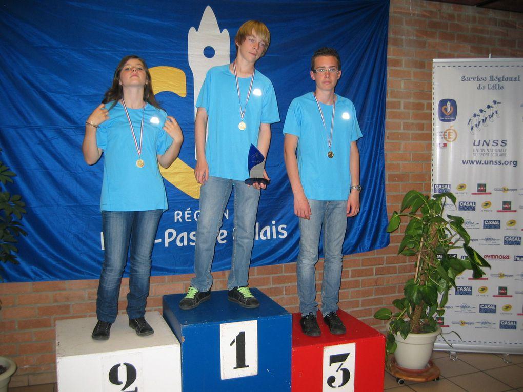 Nos trois champions : Gaël, Chloé et Antoine sur la 1ère marche du podium!