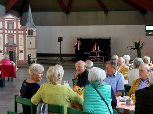Veitshöchheimer Seniorentanzkreis startete im Haus der Begegnung mit Schwung in den Neubeginn nach über zwei Jahren Pause