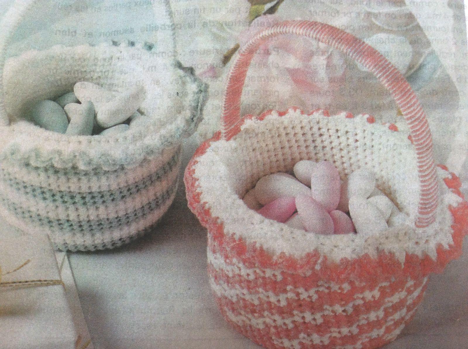 Petits panier au crochet ( Noël, Baptême , Communion,Mariage )