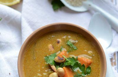 Soupe de patate douce riz curry et cacahouète #végétarien