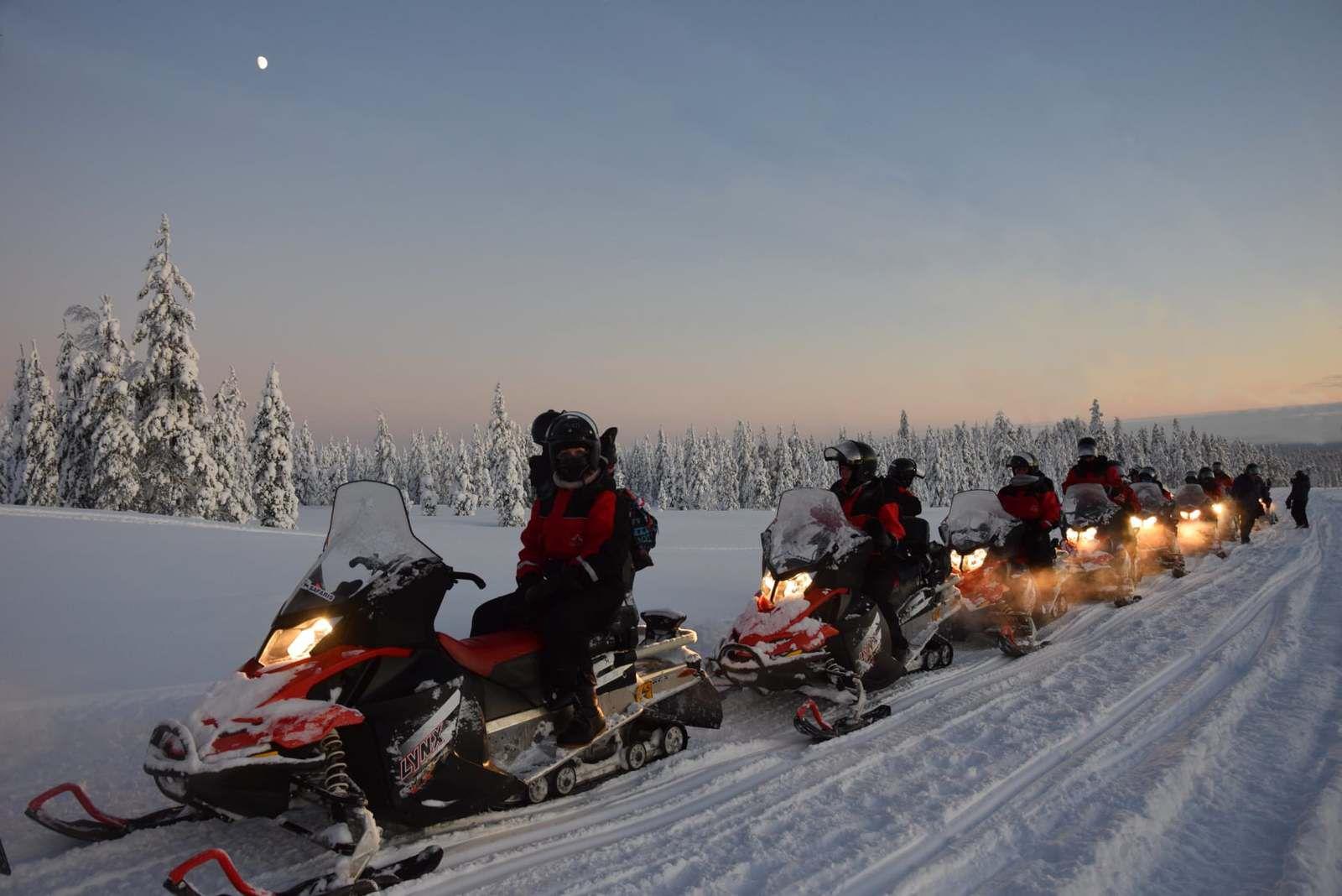La nuit tombe vite près du cercle arctique