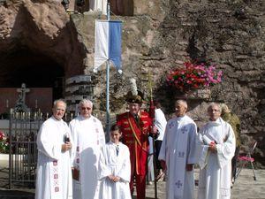 Messe du Lundi de Pentecôte à la grotte Notre Dame d'Algrange en 2012