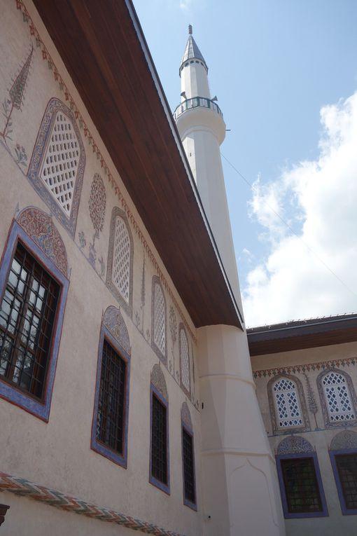 La « Mosquée colorée », à Travnik, en Bosnie centrale.