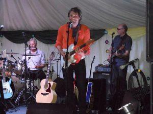 74 años cumple el tecladista de Moody Blues, Mike Pinder