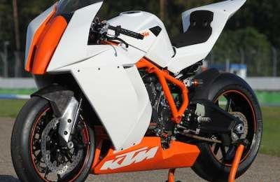 RC8-R 2011