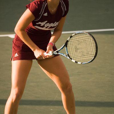 Comment choisir une première raquette de tennis?