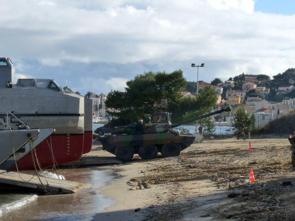 EDA.R L9095 , CTM 29 & 30 en exçercice de plageage à Saint Mandrier