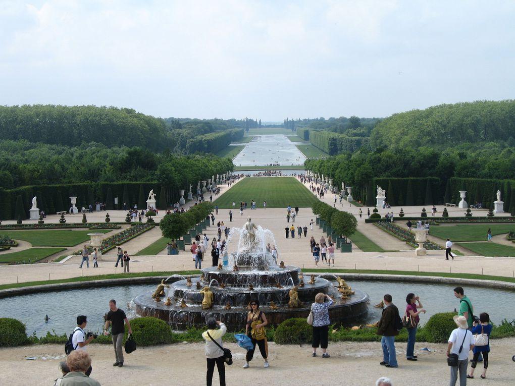 Grandes Eaux de Versailles en été - 5 photos