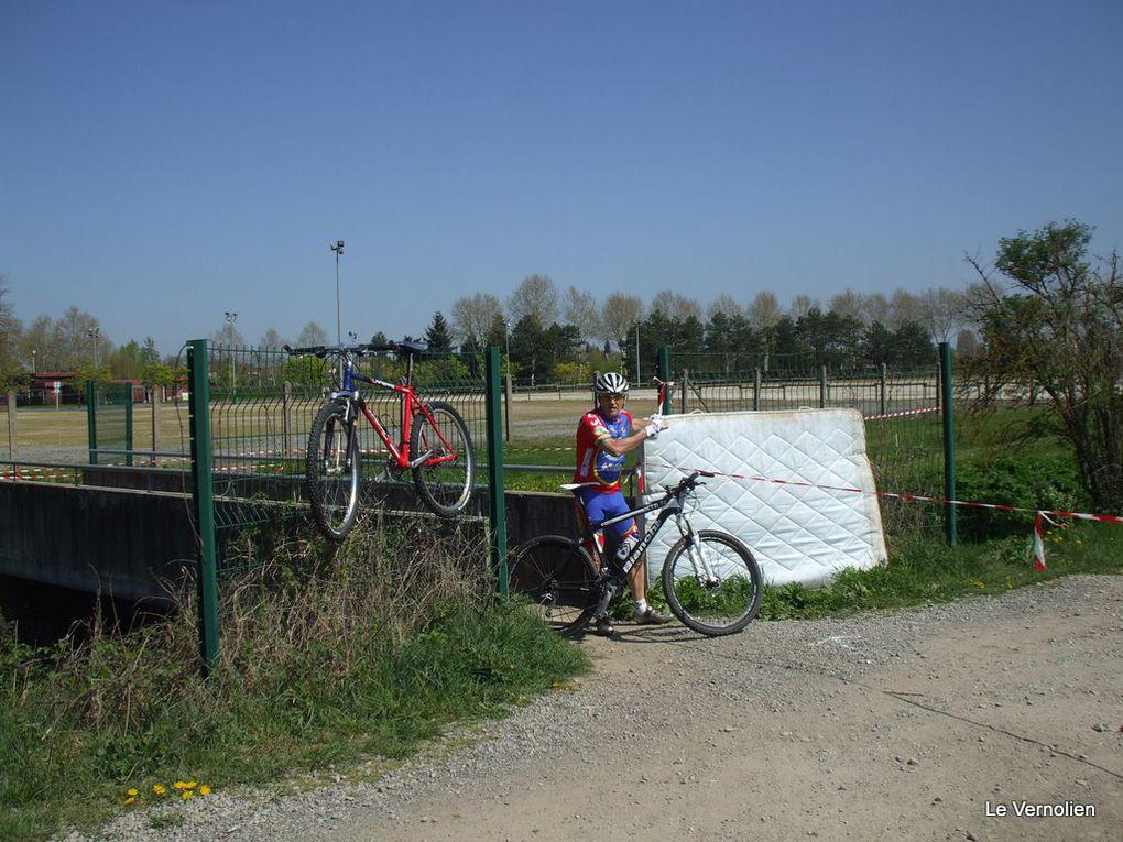 Championnats de France course à pied et VTT des élus et anciens élus 2011 à Avermes 03