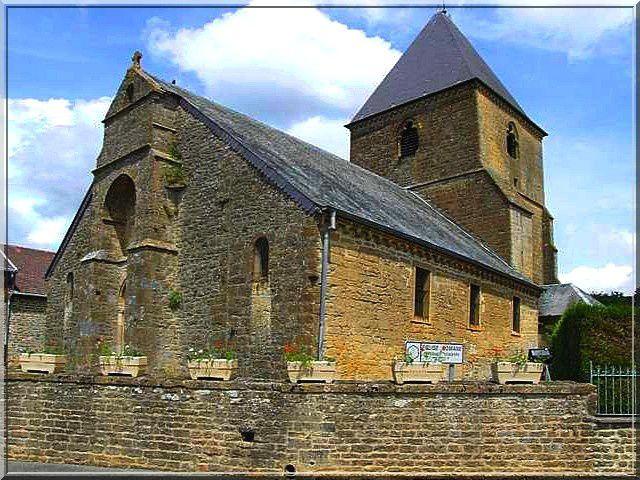 Diaporama église fortifiée de Cheveuges