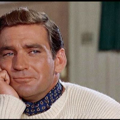 Rod Taylor, Hollywood Leading Man Who Battled 'The Birds,' Dies at 84