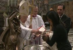 Benoît XVI, Homélie pour le Baptême du Christ - L'Eglise doit défendre la famille - 1