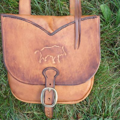 Musette carving sanglier
