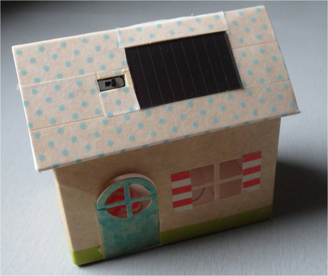 Petite maison lumineuse ♥ veilleuse solaire made in France