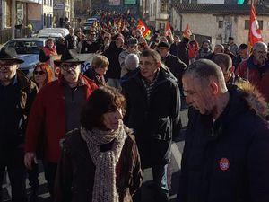 2000 personnes au Puy-en-Velay pour le 43ème jour de mobilisation !