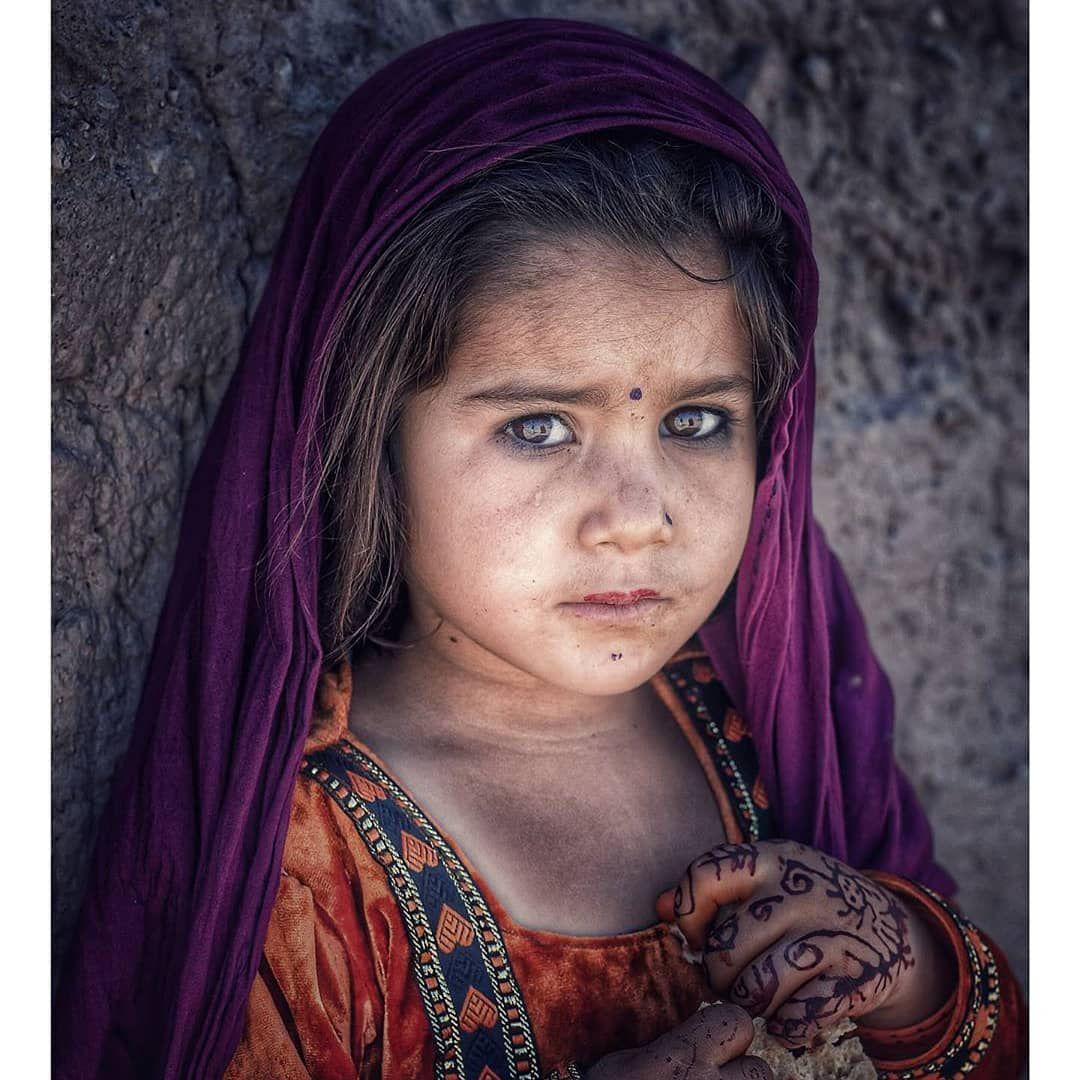 Un enfant affamé de deuil nous sauve de nos fêtes mortifères
