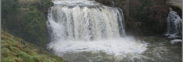 L'auvergne pittoresque:La cascade de Saillant
