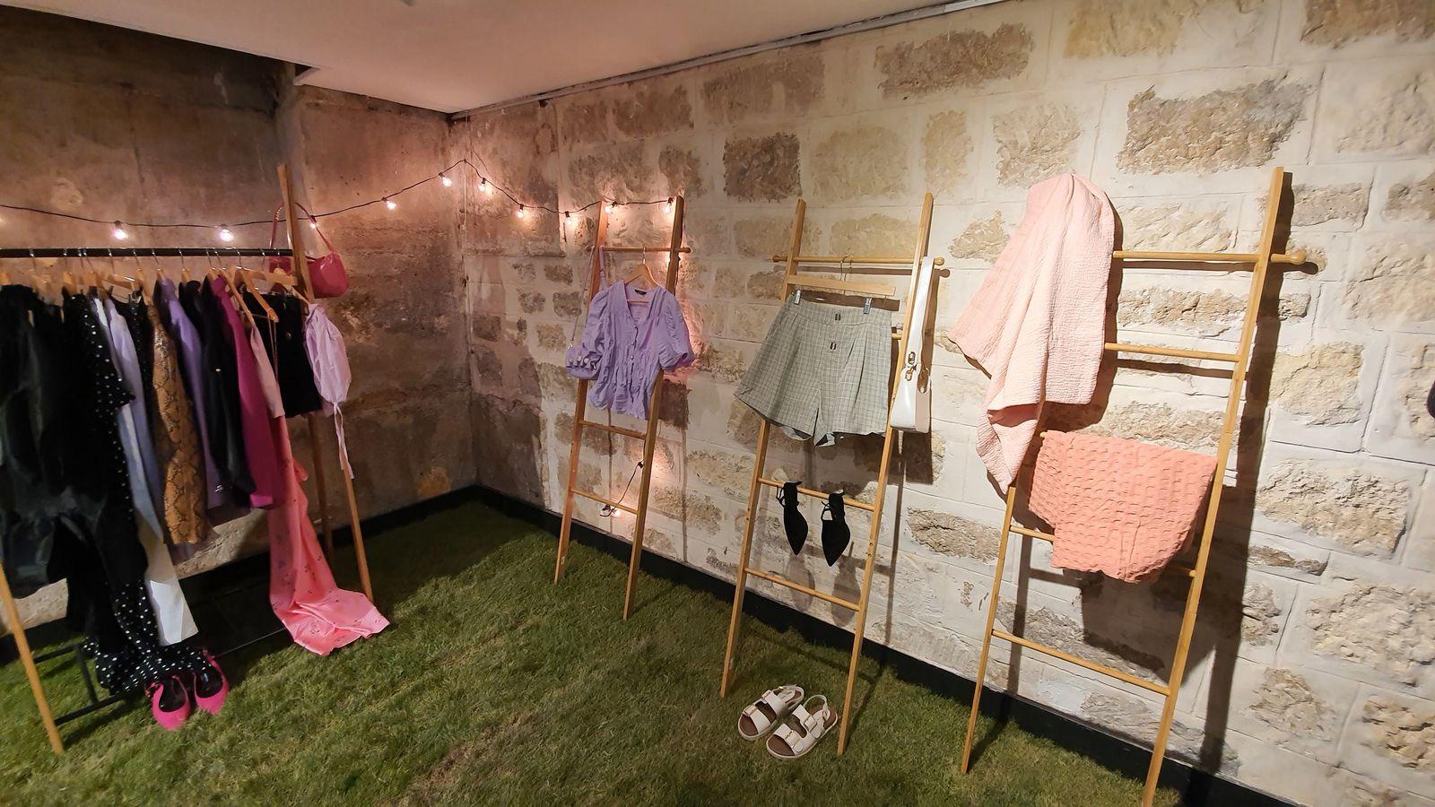 Pop up Aliexpress Paris : après le New-Retail, Alibaba teste le New-Store ? Une boutique simple mais qui en cache beaucoup ... Part 1 / 2.