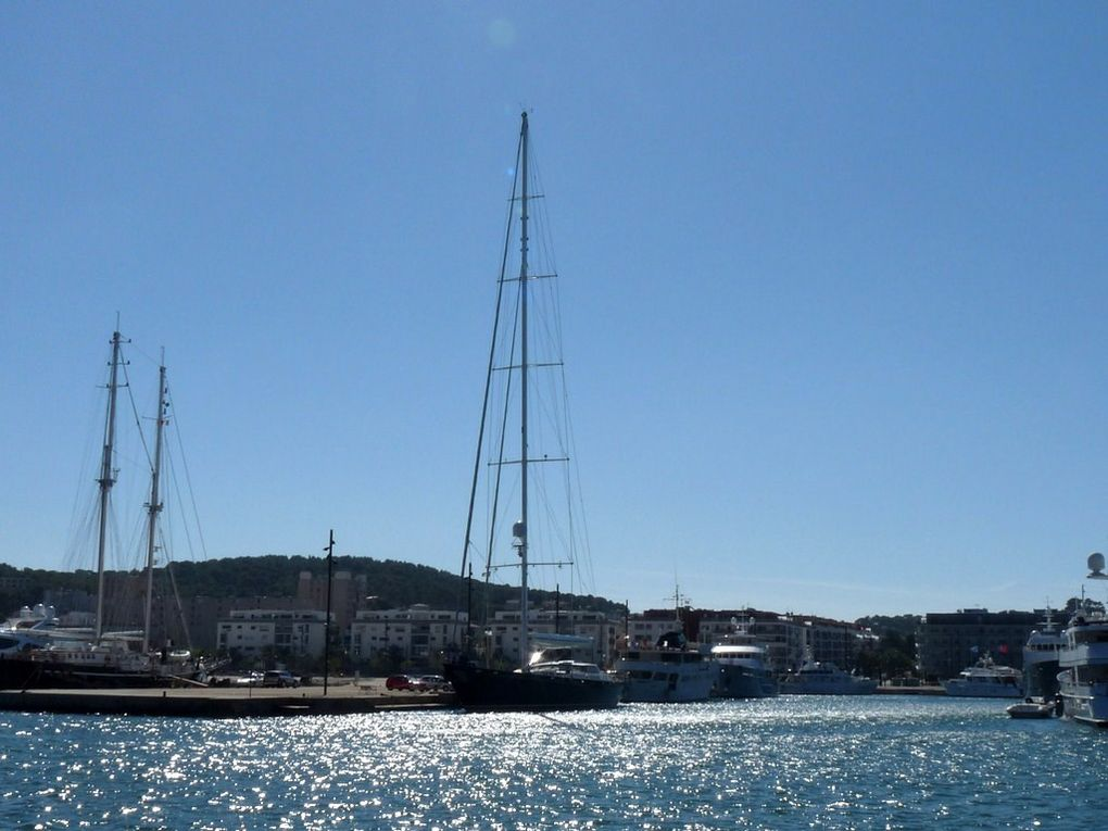 WELLENREITER , a quai à le Seyne sur Mer le 02 octobre2012