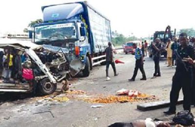 10 passengers involve in road accident on Lagos-Ibadan express way