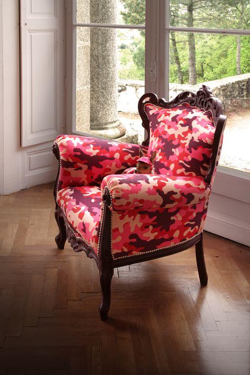Taxidermie et fauteuil tapissier ghyslain bertholon 2013