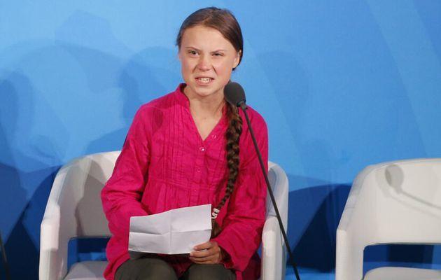 Les mêmes personnes qui disent Shamima Begum, 15 ans, savent ce qu'elle fait Dites Greta Thunberg, 16 ans,