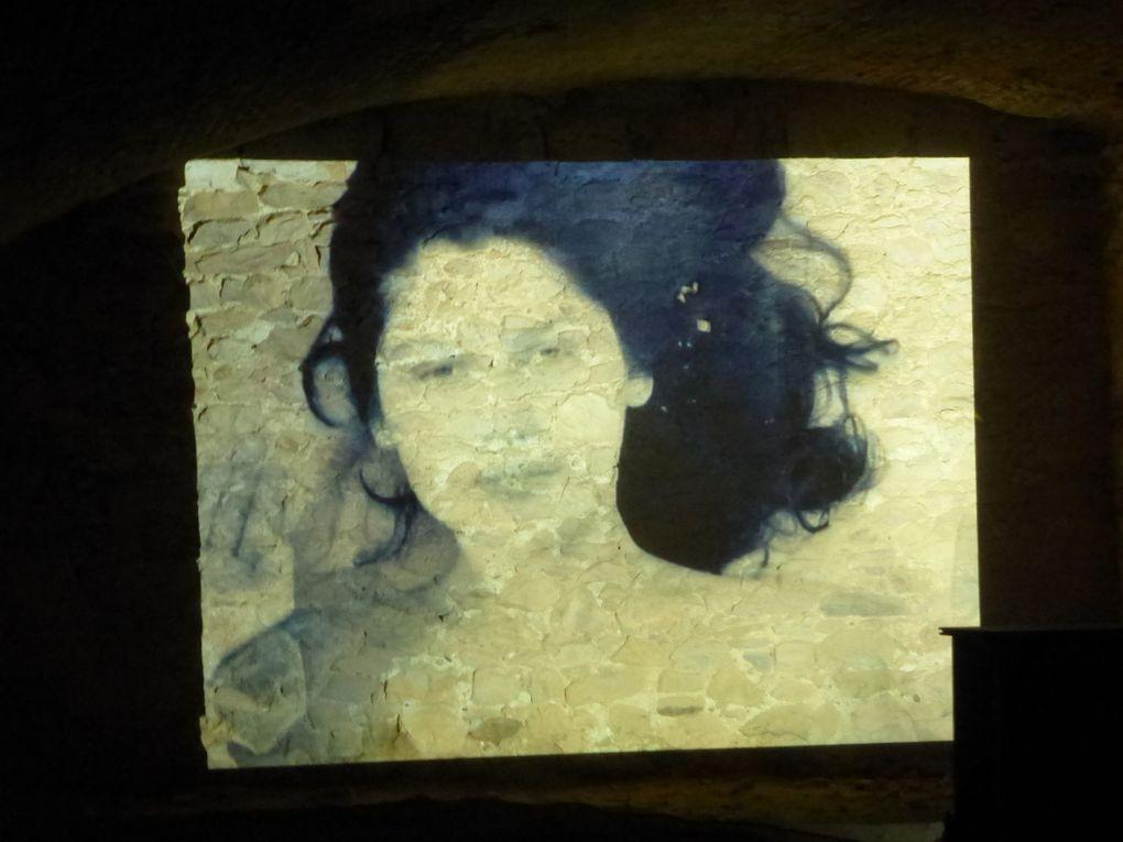vues de l'exposition La Mer Ange Leccia Projections, forteresse de Salses, Salses, © Le Curieux des arts Antoine Prodhomme, août 2015