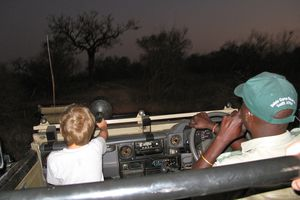 Safari-lodge mit Kind