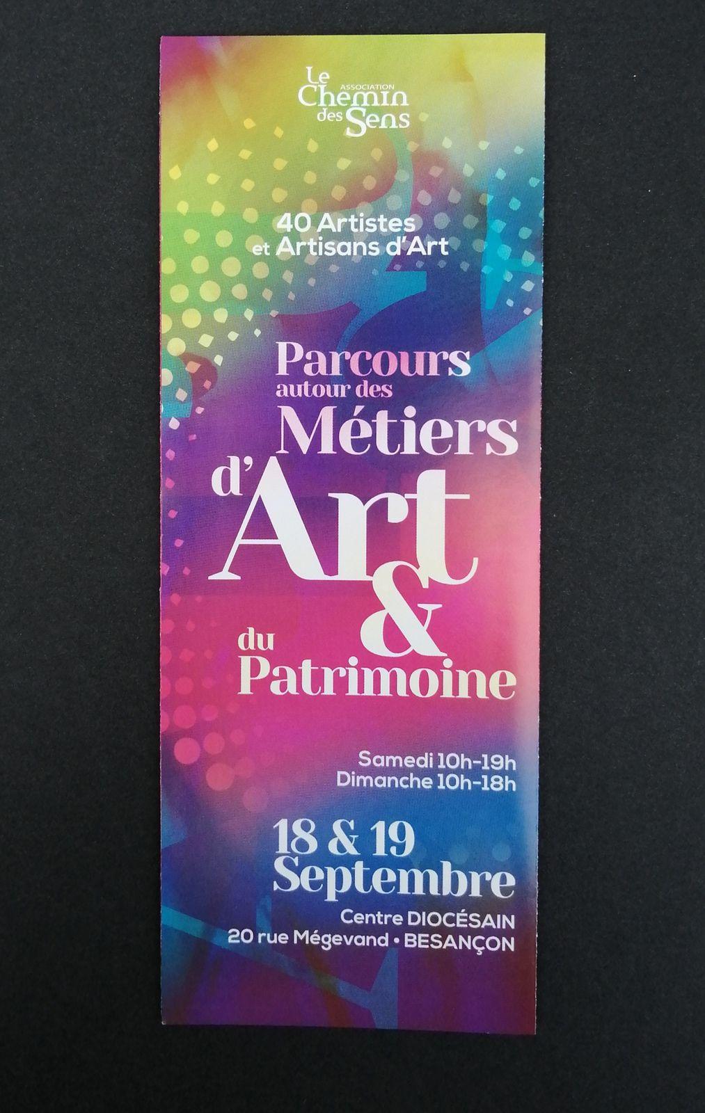 Très belle exposition d'artistes et artisans, ainsi que de cinq écoles de métiers d'art, joaillerie, ébénisterie, horlogerie, de costumes...