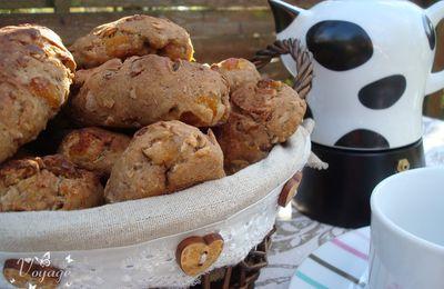Petits pains à la châtaigne, fruits secs et abricots moelleux