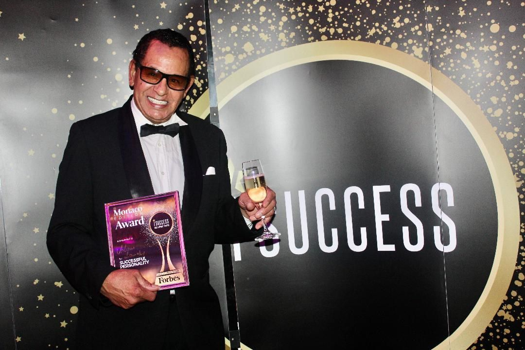 Forbes Magazine entertainer of the year        Alan LANDRY «The Voice of Monaco»