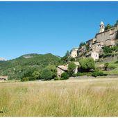 En Drôme Provençale, non loin du Mont Ventoux - Images du Beau du Monde