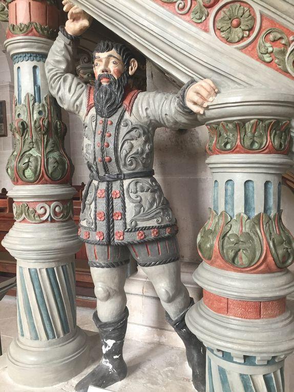 ... la plupart ayant été sécularisées [transformées en biens publics ou privés] notamment suite à la réforme protestante ou aux vagues napoléoniennes [encore lui !] telle que l'abbaye de Bebenhausen près de Tübingue, transformée en résidence privée par l'empereur Guillaume II après sa retraite suite à la défaite des allemands à l'issue de la première guerre. Des liens étroits ont existé entre ces différentes structures religieuses, tel qu'entre Bebenhausen et Salem, l'ensemble ayant porté les styles gothique et renaissance à leurs apogées.