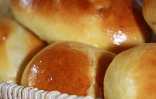 Un nuage de gourmandise : Petit pain du lait super tendre !!