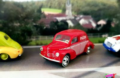 RENAULT 4CV PICON BUSH 1/87.